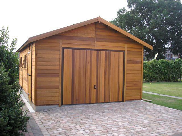 Покупка и постройка гаража